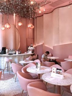 foods and desserts House of Eden has got to be the prettiest pink cafe in Bangkok, Thailand. This gorgeous pink wonderland is located inside of Groove @ Central World, and features t Design Café, Cafe Design, Pink Design, Design Ideas, Design Projects, Design Inspiration, Pink Cafe, Decoration Vitrine, Coffee Shop Design
