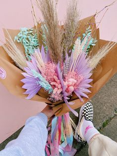 Preservation In The Pandemic | MUD Urban Flowers Cut Flowers, Fresh Flowers, Dried Flowers, Beautiful Flowers, Colorful Flowers, Flower Subscription, Dried Flower Arrangements, Dried Flower Bouquet, Flower Delivery