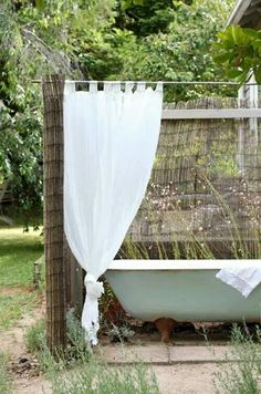 I know I don't live it the right climate, but I have always wanted an outdoor bath :) The Orchard Keepers Cottage at the Red Hill property of Lucy Hill and family – all photos Lucy Feagins via The Design Files Daily Outdoor Bathtub, Outdoor Bathrooms, Outdoor Rooms, Outdoor Gardens, Outdoor Living, White Bathrooms, Luxury Bathrooms, Master Bathrooms, Outdoor Kitchens