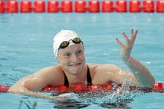 Katie Ledecky Sets Freestyle World Record: Highlights, Comments, Reaction Katie Ledecky, Michael Phelps, Female Swimmers, American Legend, Sports Memes, Team Usa, World Championship, Water Sports, Best Funny Pictures