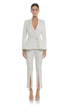 d181f95baa98b misha collection canada white pant suit australian designer, veston en  blanc, pantalon blanc, ensemble, boutique Montreal, Robes de Designer pour  toutes tes ...