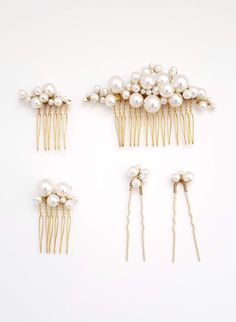 Pearl bridal comb and pin set – Pearl bubbles hair comb and pin set of 5 – Style Perle Braut Kamm und Pin Set – Perle Blasen Haar Kamm und Pin Set von 5 – Style # 937 Hair Accessories Storage, Wedding Hair Accessories, Diy Pearl Hair Accessories, Jewelry Accessories, Bridal Comb, Pearl Bridal, Bridal Hair Clips, Diy Wedding Hair Comb, Diy Hair Clips