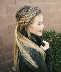 Woven Headband Braid 🍃 Hope everyone's having a wonderful Monday! 😄💓Hair tutorial link in my bio! Messy Hairstyles, Pretty Hairstyles, Wedding Hairstyles, Bad Hair, Hair Day, Natural Hair Styles, Long Hair Styles, Great Hair, Braid Styles