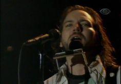Eddie Vedder - You've Got to Hide Your Love Away (Sao Paulo '05)