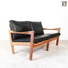 New on www.19west.de: A sofa designed by Illum Wikkelsø manufactured by Niels Eilersen. #19west #design #vintage #danishdesign #furnituredesign #sofa #sixties
