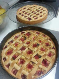 Pie de manzana y frambuesas