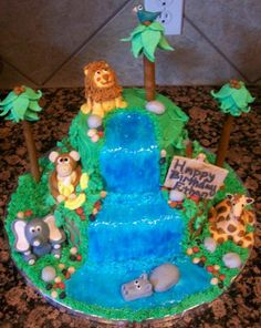 Jungle Theme Cake | Iced with buttercream, fondant animals, and lots of frustration ...