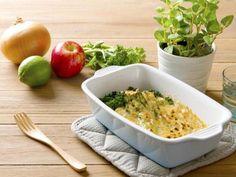 青花筍高鈣好吸收,幫助骨骼健康,搭配焗烤好風味 更多食譜請見《家樂福官網/家樂福廚房》 http://www.carrefour.com.tw/recipes