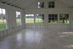 How incredible is this space?! I would LOVE to work with this... via Simply me