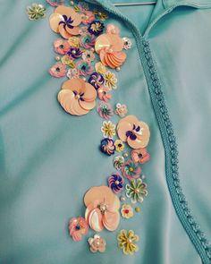 Www modelcitizenmag com chooseyourcover modelcitizenmagazi – Artofit Bead Embroidery Tutorial, Bead Embroidery Patterns, Hand Work Embroidery, Couture Embroidery, Embroidery Fashion, Kurti Embroidery Design, Embroidery Jewelry, Hand Embroidery Designs, Ribbon Embroidery