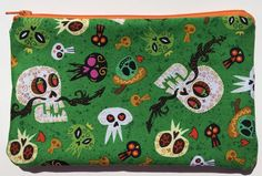 Fiesta Skulls Zipper Pouch: Halloween, Flowers.