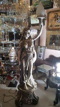 Objets de décoration design luminaire sur pied classique - Monalina Decor