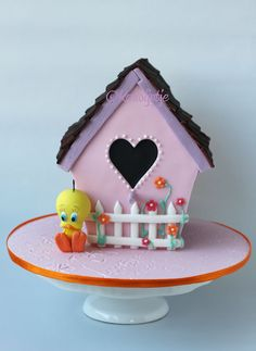 Tweety Bird House - love this cake, it's so cute!