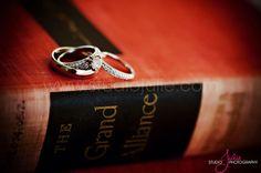 Elegant Wedding rings for the bride and grooom. Studio Julie Photography.  #wedding #ring, #beach #wedding #Florida