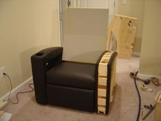 My DIY home theater chairs. My DIY home theater chairs. At Home Movie Theater, Home Theater Rooms, Home Theater Design, Home Theater Seating, Theater Seats, Media Room Seating, Decoration, Home Projects, Cool Furniture