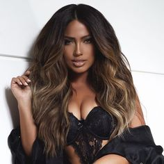 Dark Brown with Balayage highlights Blonde Wig, Blonde Balayage, Balayage Highlights, Jessica Burciaga Hair, Pretty Hairstyles, Wig Hairstyles, Lace Hair, Silky Hair, Ombre Hair