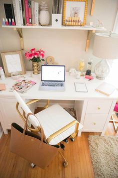 You won't mind getting work done with a home office like one of these. See these 20 inspiring photos for the best decorating and office design ideas for your home office, office furniture, home office ideas Small Space Office, Home Office Space, Home Office Design, Home Office Decor, Home Interior Design, Office Ideas, Office Inspo, Office Table, Office Spaces