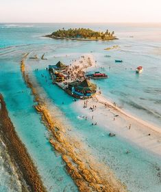 """""""Acuario is a sandbank off San Andres island in Colombia, perfect for snorkelling due to its shallow and calm water. San Andreas Colombia, Le Shop, Colombia Travel, Turquoise Water, Amazing Destinations, Places Around The World, Where To Go, South America, Latin America"""