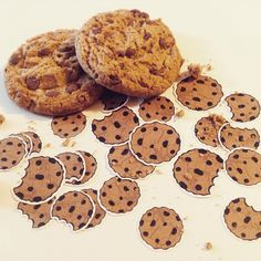 Chocolate chip cookie stickers from :) Chocolate Chip Cookies, Chips, Stickers, Desserts, Diy, Food, Tailgate Desserts, Deserts, Potato Chip
