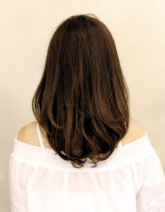 大人かわいい小顔無造作ウェーブ(WA-533) | ヘアカタログ・髪型・ヘアスタイル|AFLOAT(アフロート)表参道・銀座・名古屋の美容室・美容院