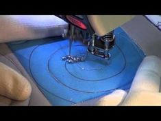 Watch Why Most Give UP Trying Freemotion Quilting - Keeping u n Stitches Quilting Quilting For Beginners, Quilting Tips, Quilting Tutorials, Machine Quilting Patterns, Quilt Patterns, Patch Quilt, Quilt Blocks, Quilt Kits, Walking Foot Quilting