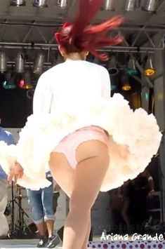 ariana grande ass photos | DMD™: Ariana Grande ASS