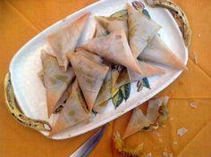 Samosas de verdura Vegan Recipes, Snack Recipes, Samosas, Tacos, Chips, Mexican, Ethnic Recipes, Food, India