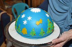 eerste kersttaart...meteen maar een boltaart geprobeerd