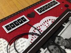Álbum de fotos em scrapbook (detalhes da decoração)