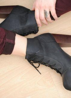 b81fc2b6c4b79d Die 13 besten Bilder von verrückte ausgefallene Schuhe für Frauen ...