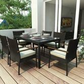 7 Piece Patio Dining Set. I love the idea of entertaining and eating outdoors all times of the year #DWRdining