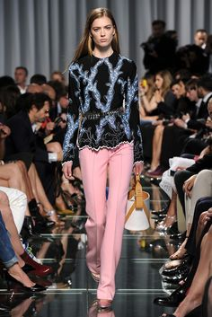 Louis Vuitton Resort 2015 - Slideshow - Runway, Fashion Week, Fashion Shows, Reviews and Fashion Images - WWD.com