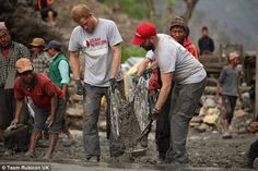 In this handout provided by Team Rubicon UK, Prince Harry and Matt Fisher from the UK help move concrete as they help Team Rubicon UK carry out rebuilding work in March, 2016 in Lapubesi, Nepal. Get premium, high resolution news photos at Getty Images Prince Harry 2016, Prince Harry Of Wales, Prince Harry Photos, Prince Henry, Prince Harry And Meghan, Prince William, Uk Prince, Team Rubicon, House Of Windsor