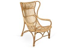 Relaxing in a rattan lounge chair, #oklsummer
