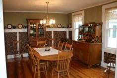 Dining room at The Alpine Homestead Bed and Breakfast