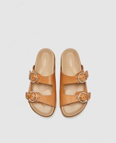 Image 3 of LEATHER FLATFORM SANDALS from Zara