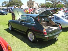 MG RV8 GT