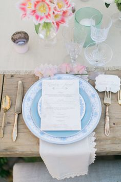 This spring wedding tabletop setting full Archive rental goodies is to die for! So romantic, fresh, and clean!