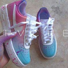 Nike Foamposite Schuhe - Nike Foamposite Schuhe Source by henzklaus - Jordan Shoes Girls, Girls Shoes, Cute Sneakers, Shoes Sneakers, Souliers Nike, Sneaker Women, Nike Shoes Air Force, Aesthetic Shoes, Fresh Shoes