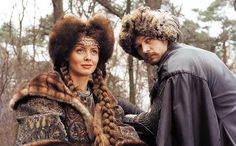 "Izabella Scorupco as Helena Kurcewiczówna (left) and Michał Żebrowski as Jan Skrzetuski (right) in the 1999 movie ""With Fire and Sword"" Poland History, Imperial Fashion, Most Beautiful, Beautiful Women, Drama Film, Period Dramas, My People, Best Actor, Beautiful Actresses"