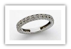 This Edwardian wedding band has a uniform repetition pattern and slant line detailing on the side of band. This was a regular fine detailing attribute of Edwardian ring styles.
