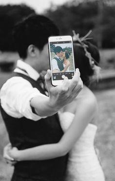 Wedding pics, pre wedding photoshoot, post wedding, ideas for wedding pictu Pre Wedding Shoot Ideas, Pre Wedding Poses, Wedding Picture Poses, Wedding Couple Poses Photography, Couple Photoshoot Poses, Pre Wedding Photoshoot, Wedding Photography Poses, Wedding Couples, Photo Couple