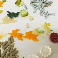 Seifen, Naturkosmetik, Parfum und Workshops bei Verzaubereien Naturkosmetik Workshop, Shops, Desserts, Food, Soaps, Organic Beauty, Handmade, Tailgate Desserts, Atelier