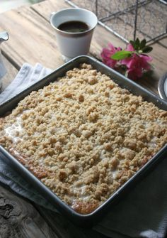 Your favorite banana bread is made into a coffee cake style treat. Your favorite banana bread is made into a coffee cake style treat. Banana Crumb Cake, Banana Coffee Cakes, Crumb Cakes, Banana Bars, Banana Bread Recipes, Cake Recipes, Coffee Recipes, Banana Breakfast Recipes, Banana Recipes For Dessert
