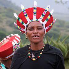 Image result for African zulu hats on etsy Zulu Wedding, Zulu Women, African Image, Africa People, Xhosa, African Masks, African Fabric, Tribal Art, Traditional Wedding