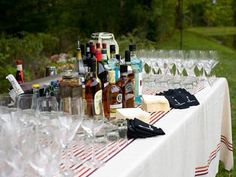 A create-your-own-drink bar for wedding guests #countrywedding #rusticweddingdecor http://www.gactv.com/gac/photos/article/0,,GAC_42725_6075192.html?soc=pinterest