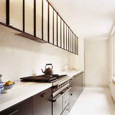 Kitchen in a hallway with black low furniture and hood in the old Kitchen Decor, Dining Room Design, Kitchen Style, Kitchen Interior, Home Kitchens, Interior, Galley Kitchens, Kitchen Marble, Home Decor