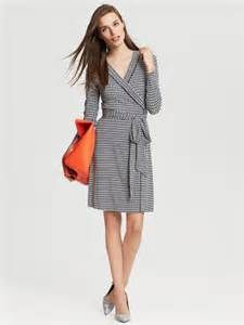 banana republic wrap dress - - I own this dress and love it! Combo with this bright colored purse is very cute, too...