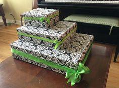 Cupcake display stand box DIY