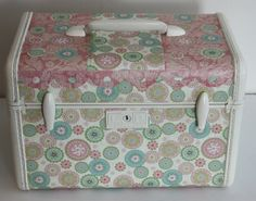 decoupage train case | Decoupaged Train Case (Front) | Flickr - Photo Sharing!